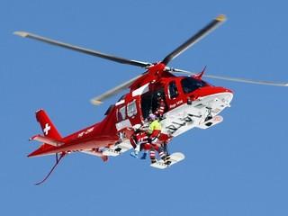 Rieschová má glóbus za zjazd, po páde ju odviezol vrtuľník