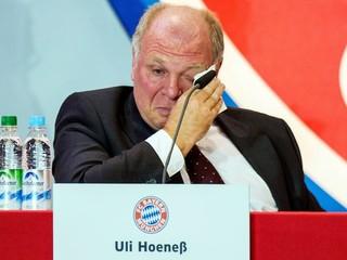 Šéf Bayernu Hoeness dostal za dane tri a pol roka väzenia