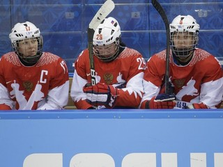 IIHF zrušila majstrovstvá sveta žien. Sme sklamaní, vraví Fasel