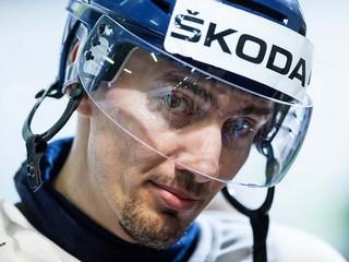 Stĺpček Vojtecha Jurkoviča:  Šatan môže prehovoriť  hokejkou
