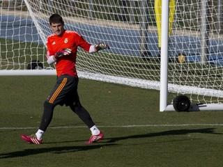 V nominácii brankárov na Jedenástku roka FIFA je aj Casillas