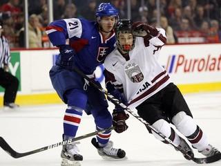 Marinčina pochválil tréner, jeho premiéra v NHL dopadla dobre