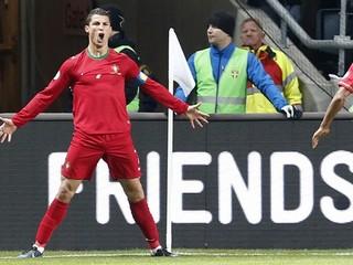Ronaldo má menej tuku ako modelka, vypýtal si Zlatú loptu