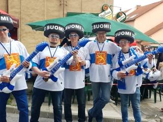 Fínom sa v Košiciach páčia ľudia aj pivo, už menej predaj lístkov
