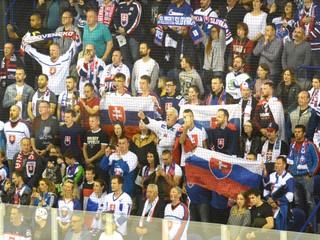 Skvelý slovenský triumf, Košice plné fanúšikov. Pozrite si prvý deň majstrovstiev
