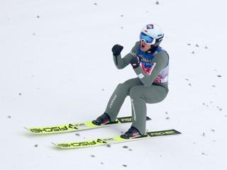 Stoch suverénne vyhral v Innsbrucku, má veľkú šancu tretí raz ovládnuť Turné