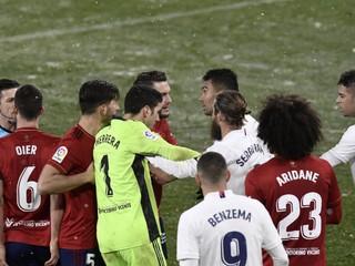 Nie sme bábky, ktoré musia stále hrať, hnevá sa brankár Realu Madrid