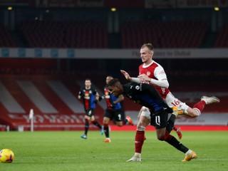 Víťazná séria Arsenalu sa skončila, body stratil v malom londýnskom derby