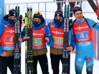 Slováci dosiahli v štafete najlepší výsledok sezóny, vyhrali Francúzi