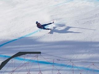 Dvaja lyžiari doplatili na podmienky. Zjazd v Kitzbüheli zrušili