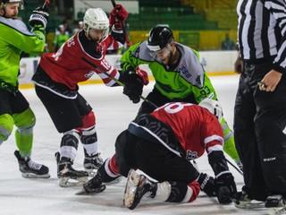 Topoľčany v play off prehrali aj druhý zápas, Žilina strelila až deväť gólov