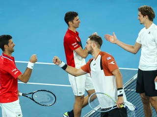 Djokovičova skvelá séria na ATP Cupe pokračuje, hoci Srbi prehrali