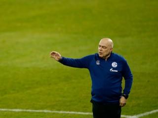 Schalke bude viesť piaty tréner, posledná prehra spustila hromadné prepúšťanie