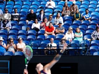 Denne ich mohlo prísť až 30-tisíc. Australian Open pokračuje bez divákov