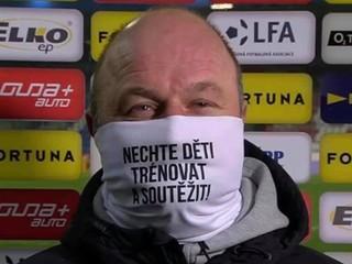 Hoftych vylúpil Guľovu Plzeň a poslal politikom odkaz cez rúško