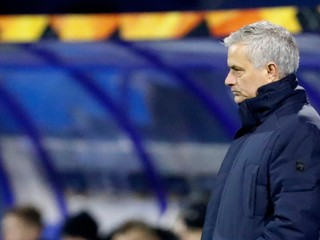 Mourinho: Hráči sú sebeckí. Mladých je ťažké naučiť, čo znamená kolektív