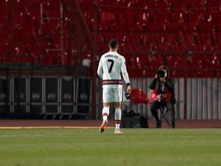Ronaldo ju od zlosti zahodil. Výťažok z jej dražby pomôže chorému chlapcovi