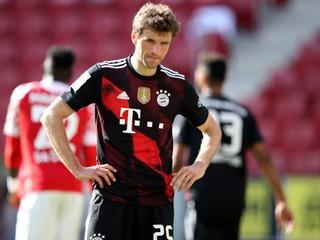 Bayern odmietol zisk titulu, Haaland opäť hviezdil v drese Dortmundu