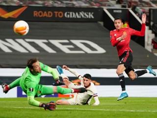 Rím zažil jeden horší polčas ako druhý. United predviedol výkon sezóny