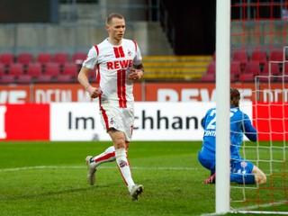 Duda prihrával na víťazný gól, bol jedným z najlepších. Schalke vypadlo