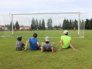 Amatérsky šport u susedov? Futbal iba bez brankára, pokrčil plecami český minister