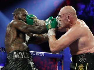 Veľký boxerský zápas sa v lete neuskutoční. Tyson Fury sa nakazil covidom