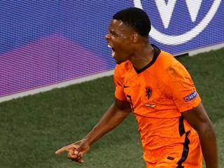 Škriniar má nového spoluhráča, Inter posilnil holandský reprezentant
