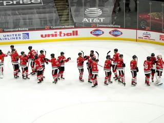 Kanade pomohol získať zlato. Mladý obranca podpísal prvý kontrakt v NHL