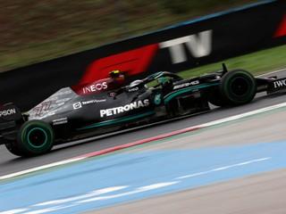 Sezóna F1 začne i vyvrcholí na Blízkom východe. Na programe je 23 pretekov