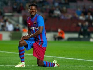 Barcelona má problémy. Chýba jej päť hráčov, opäť aj Ansu Fati