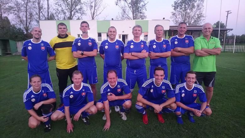 Rozhodcovia BFZ opäť ukázali svoje futbalové umenie proti OLD – BOYS ŠK Tomášov