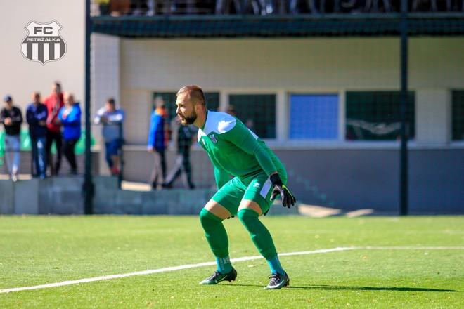 II. liga – Petržalského brankára Valacha nominoval Guľa do repre: Je to pocta a česť