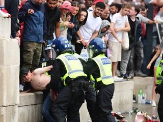 Anglicko pyká za incidenty pred finále ME vo futbale. Musí sa zaobísť bez divákov