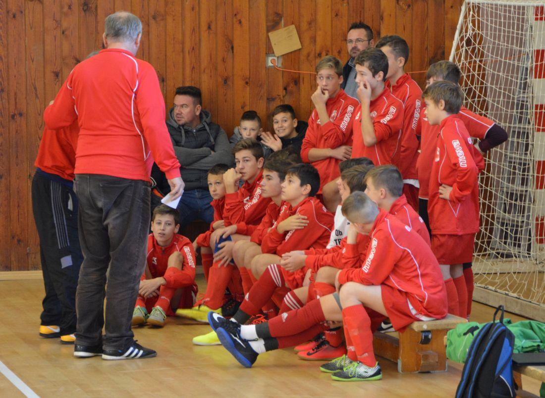 Prašice hostili v sobotu kvalifikačný turnaj v halovom futbale – O ... 16a946a1587
